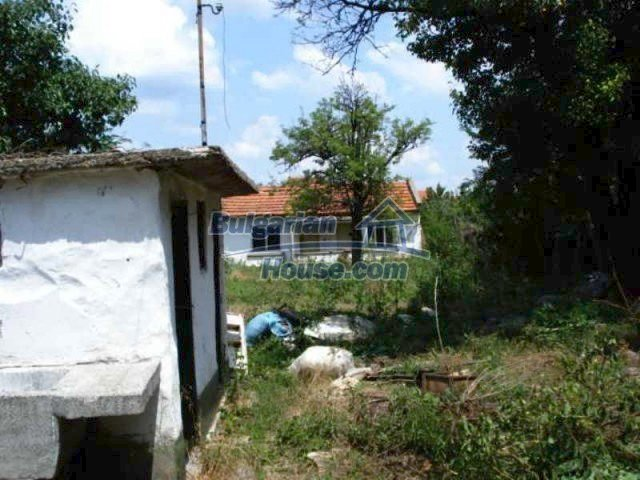 11909:12 - Spacious well maintained house with lovely garden in Elhovo town