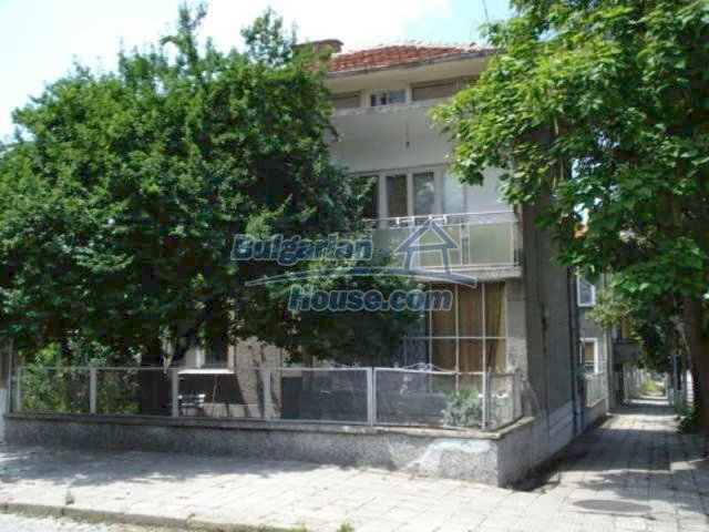 11910:1 - Large family house close to downtown in Elhovo