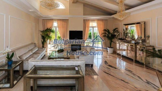 11913:7 - Gorgeous luxuriously designed seaside house – Sunny Beach