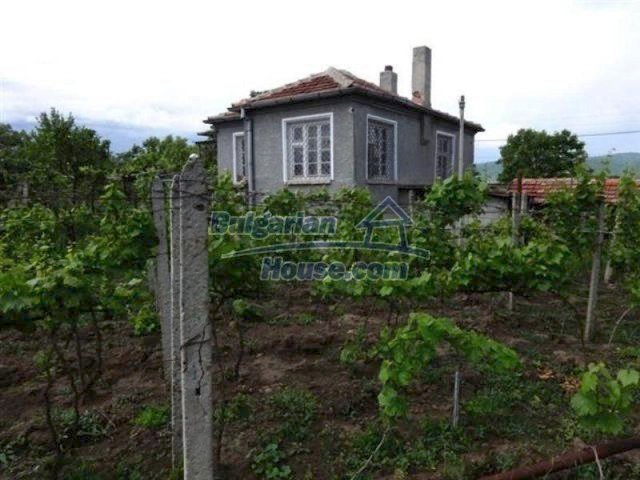 11915:2 - Well presented coastal house in the village of Galabets, Pomorie
