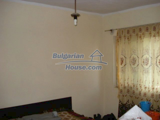 11917:7 - Lovely sunny house with splendid location in Elhovo town