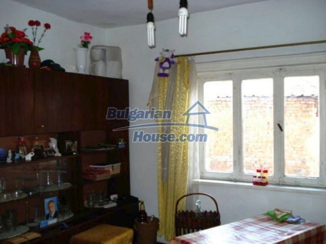 11917:8 - Lovely sunny house with splendid location in Elhovo town
