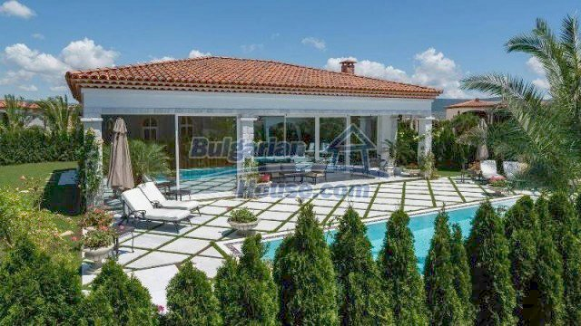 11919:1 - Stunning beautiful luxuriously furnished house in Sunny Beach