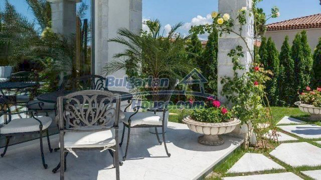 11919:3 - Stunning beautiful luxuriously furnished house in Sunny Beach