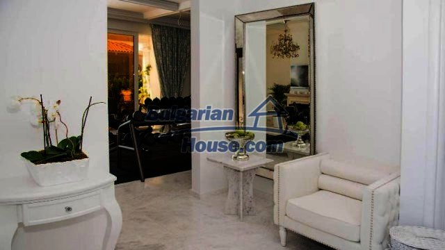 11919:11 - Stunning beautiful luxuriously furnished house in Sunny Beach