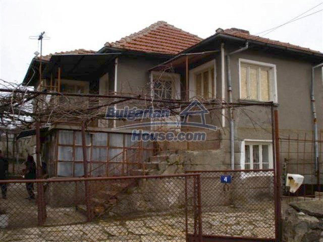 11926:1 - Functional house in the village of Golyam Manastir near Elhovo
