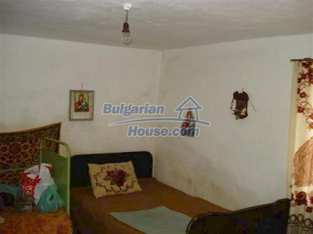 11926:8 - Functional house in the village of Golyam Manastir near Elhovo