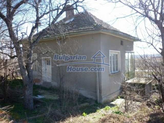 11929:5 - Solid spacious house 20 km from Danube River in Vratsa region