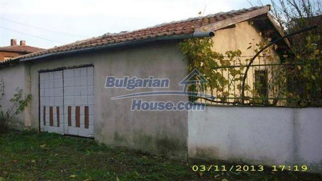 11945:2 - Cheap house with lovely garden and nice surroundings - Bourgas