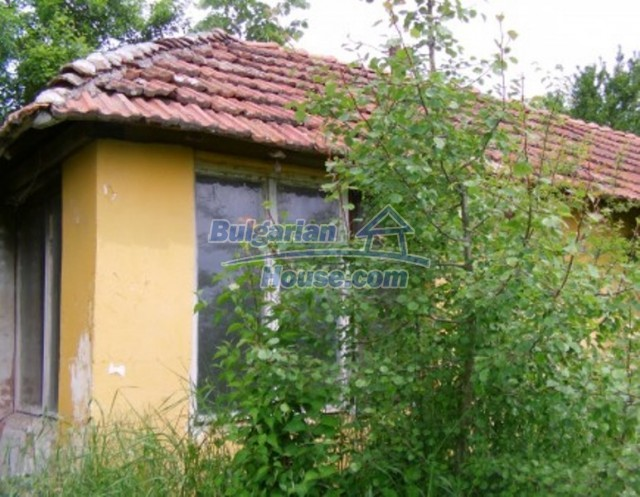 11952:10 - Charming rural house with a huge sunny garden - Vratsa