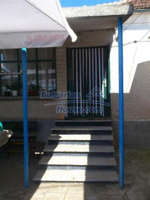11955:6 - Splendid cheap well disposed seaside house 20 km from Bourgas
