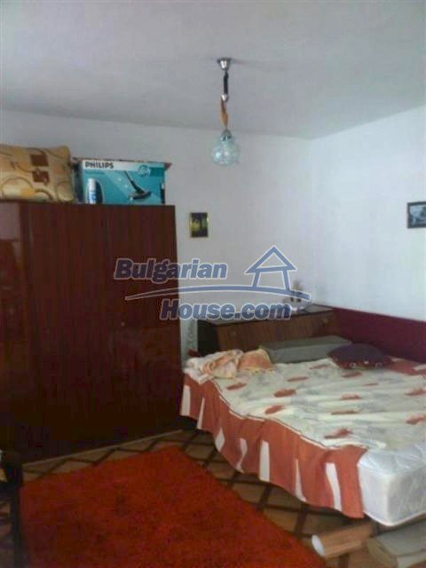 11955:10 - Splendid cheap well disposed seaside house 20 km from Bourgas