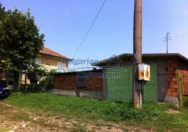 11977:5 - Very cheap house with lovely huge garden near Krivodol
