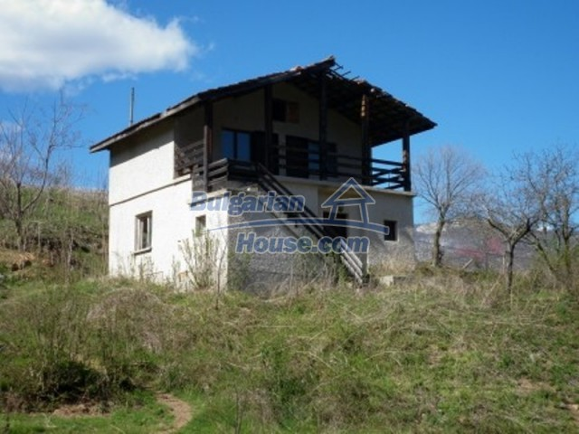 11978:1 - Sunny property with beautiful extensive garden near Vratsa