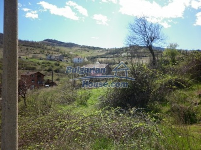 11978:17 - Sunny property with beautiful extensive garden near Vratsa