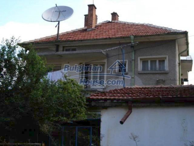 11990:2 - Very spacious and well maintained house in Elhovo