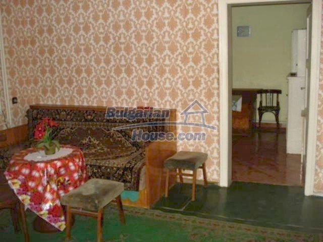 11990:4 - Very spacious and well maintained house in Elhovo