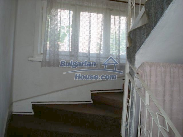 11990:9 - Very spacious and well maintained house in Elhovo