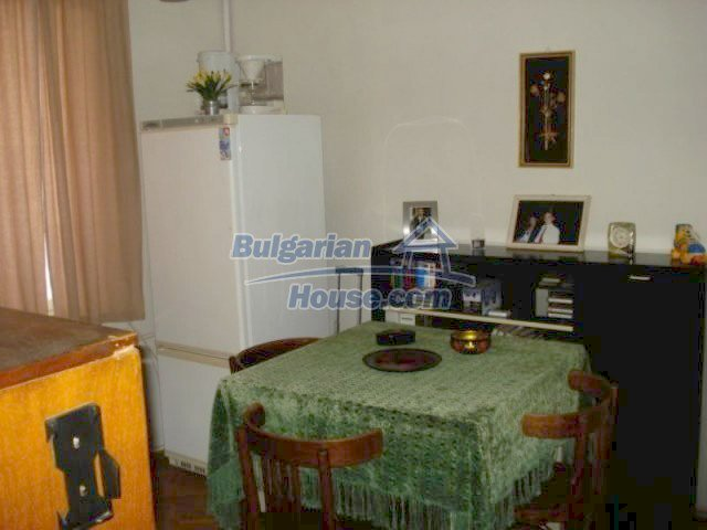 11990:13 - Very spacious and well maintained house in Elhovo