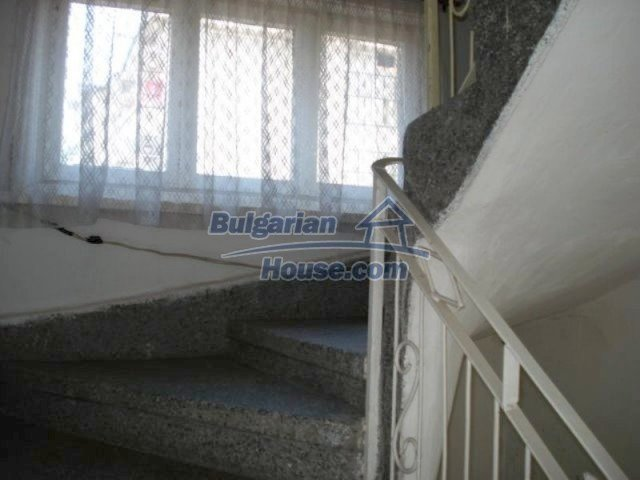 11990:17 - Very spacious and well maintained house in Elhovo