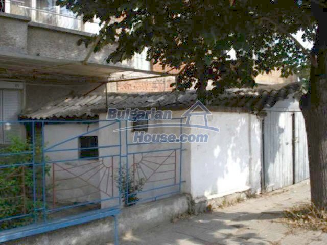 11990:27 - Very spacious and well maintained house in Elhovo