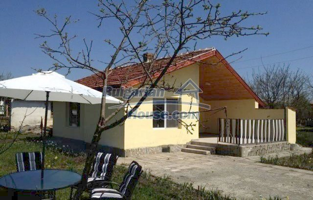 12017:1 - Excellent coastal renovated property in Bourgas region