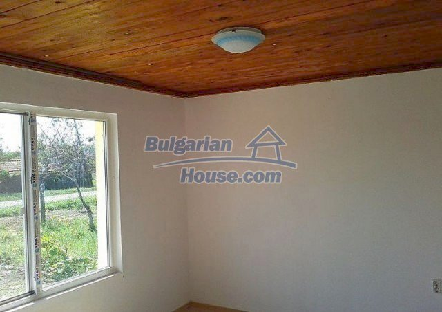 12017:4 - Excellent coastal renovated property in Bourgas region