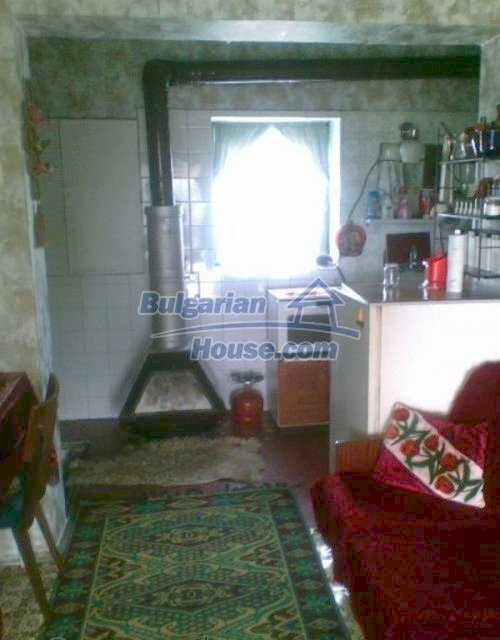 12042:9 - Well presented rural house in Veliko Turnovo region
