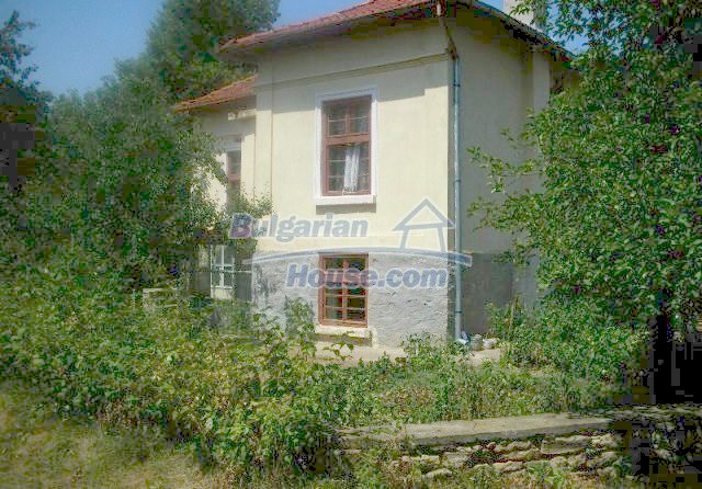 12048:3 - Well presented furnished house at low price - Targovishte