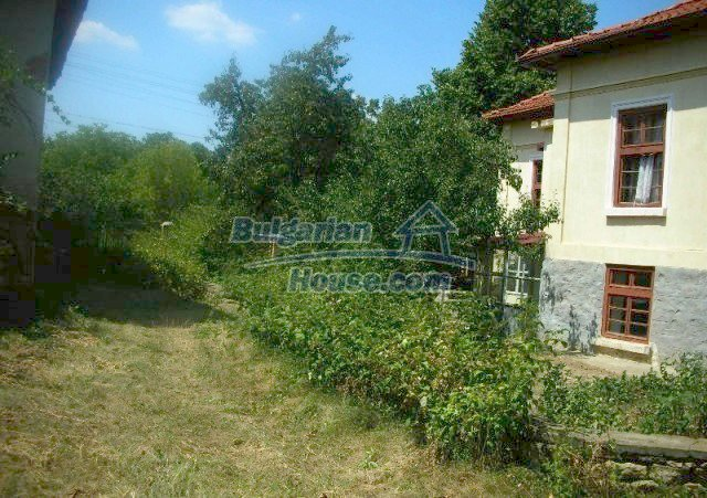 12048:5 - Well presented furnished house at low price - Targovishte