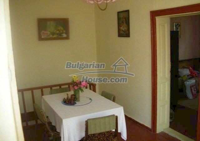 12048:6 - Well presented furnished house at low price - Targovishte