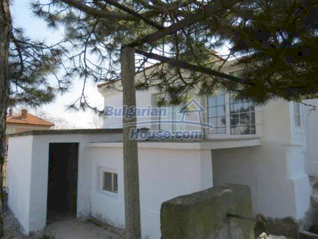 12053:4 - Lovely sunny house with big garden at low price - Elhovo