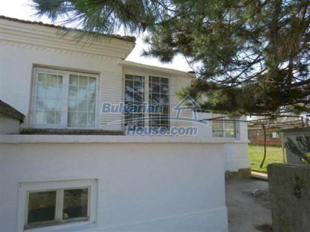 12053:5 - Lovely sunny house with big garden at low price - Elhovo