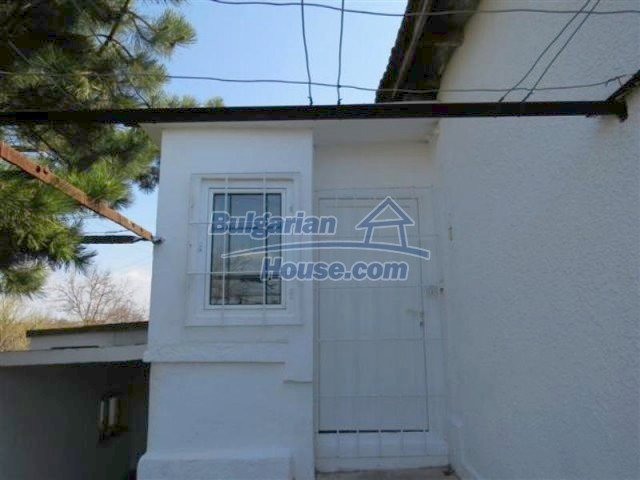 12053:9 - Lovely sunny house with big garden at low price - Elhovo