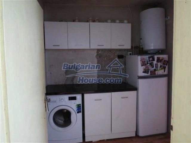 12053:13 - Lovely sunny house with big garden at low price - Elhovo