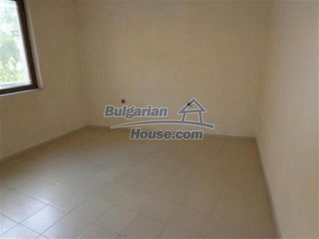 12066:12 - Spacious completed multi-room apartment in Bourgas city