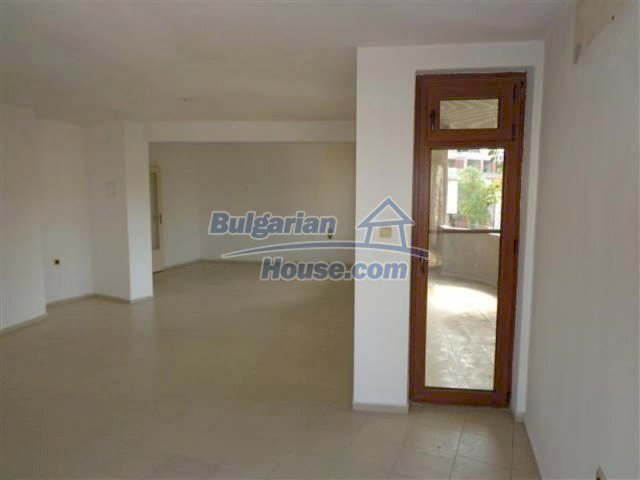 12066:9 - Spacious completed multi-room apartment in Bourgas city