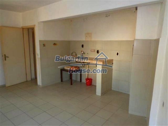 12066:23 - Spacious completed multi-room apartment in Bourgas city