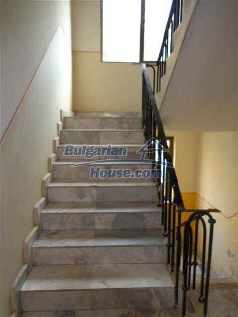 12066:25 - Spacious completed multi-room apartment in Bourgas city