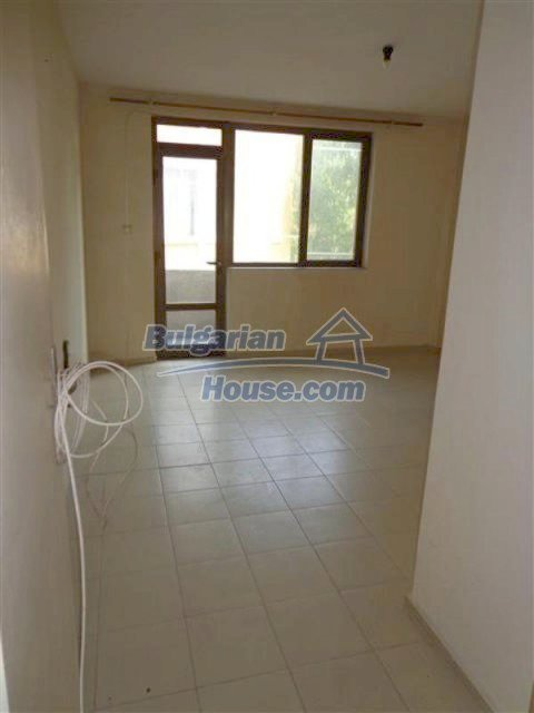 12066:27 - Spacious completed multi-room apartment in Bourgas city