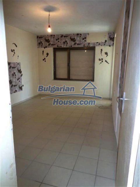 12066:31 - Spacious completed multi-room apartment in Bourgas city
