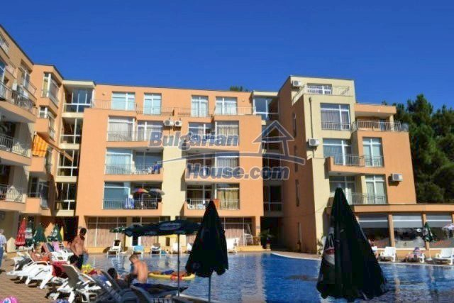 12074:4 - Bulgarian studio apartment with elegant furniture in Sunny Beach