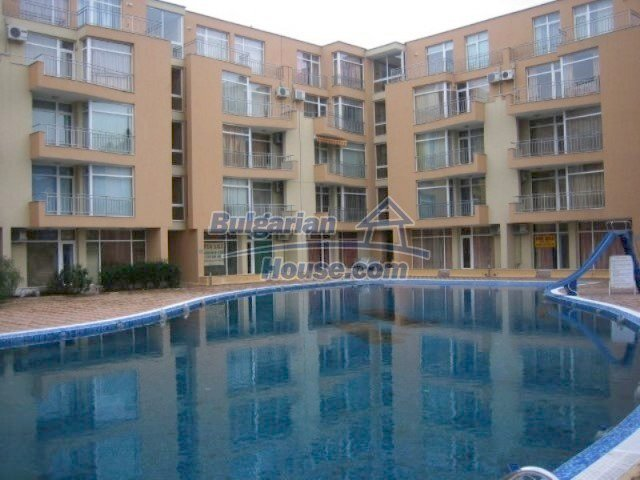 12074:6 - Bulgarian studio apartment with elegant furniture in Sunny Beach