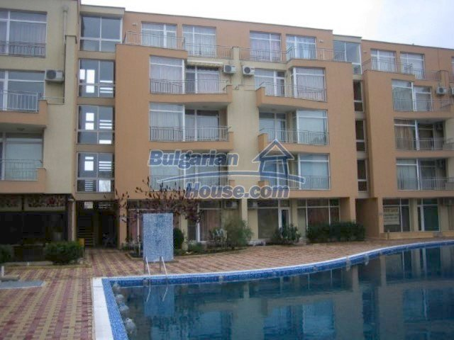 12074:7 - Bulgarian studio apartment with elegant furniture in Sunny Beach