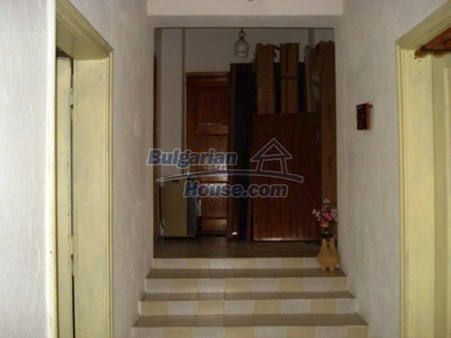 12080:3 - Big advantageous house with lovely garden near Elhovo