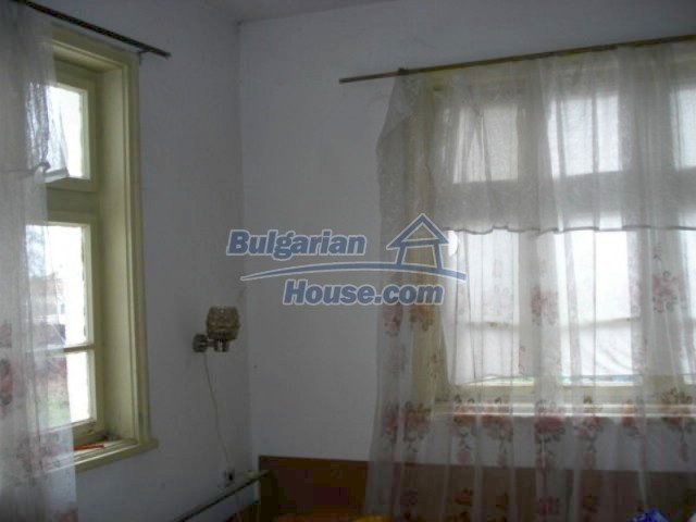 12080:4 - Big advantageous house with lovely garden near Elhovo