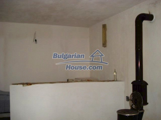 12080:5 - Big advantageous house with lovely garden near Elhovo