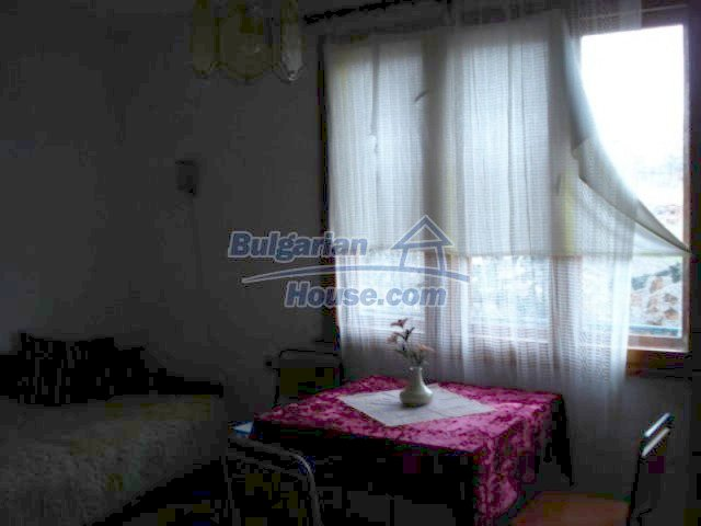 12080:7 - Big advantageous house with lovely garden near Elhovo
