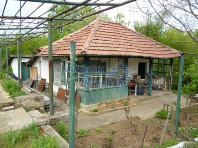 12090:12 - Large three-storey house 3 km away from Vratsa – nice views