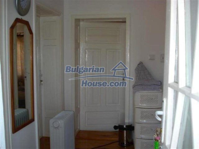 12091:15 - Charming recently renovated house near Elhovo